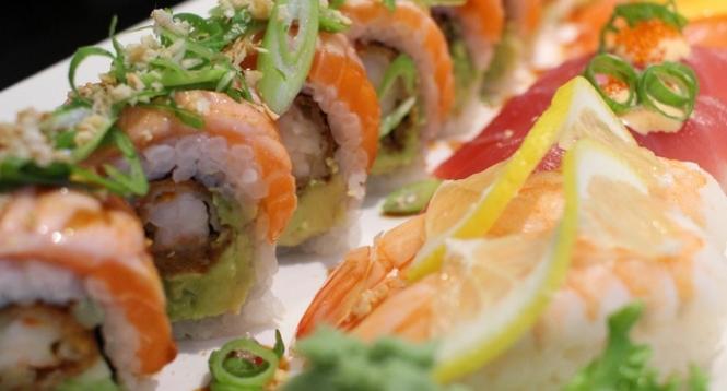禾绿旋转寿司美味