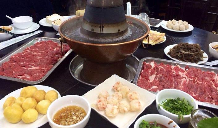 新梅居火锅涮羊肉火锅