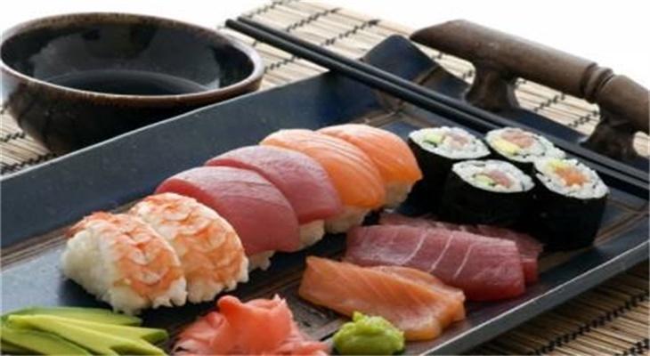 争鲜旋转寿司示例