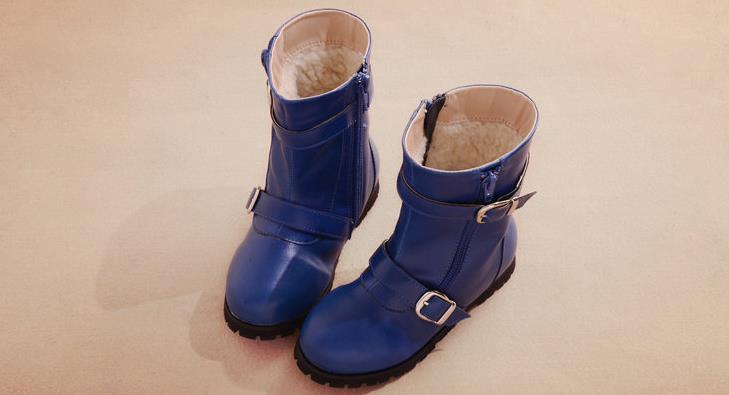 张燕长筒靴