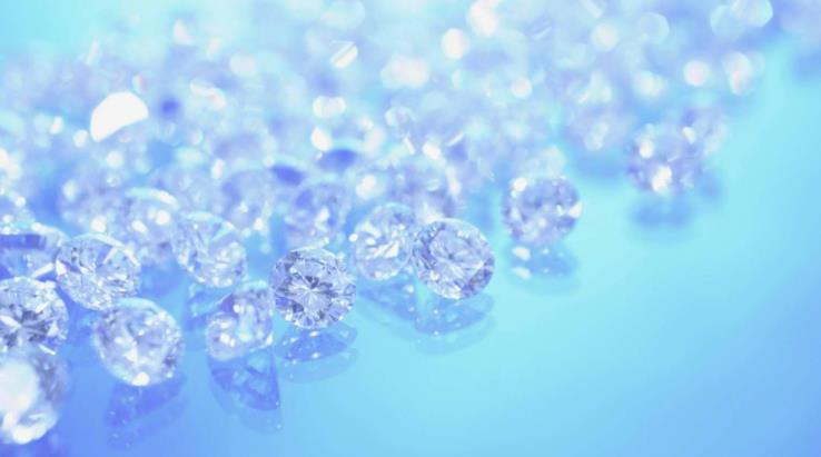 水晶晶莹剔透的水晶