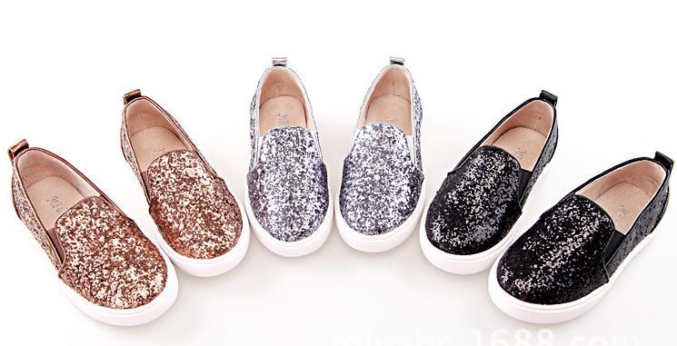 张燕多颜色布鞋