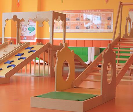 爱悦堡国际早教中心娱乐