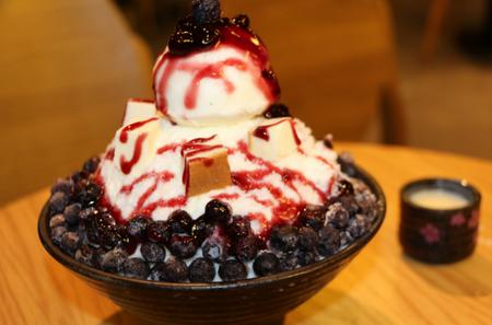 韩国雪花冰甜品