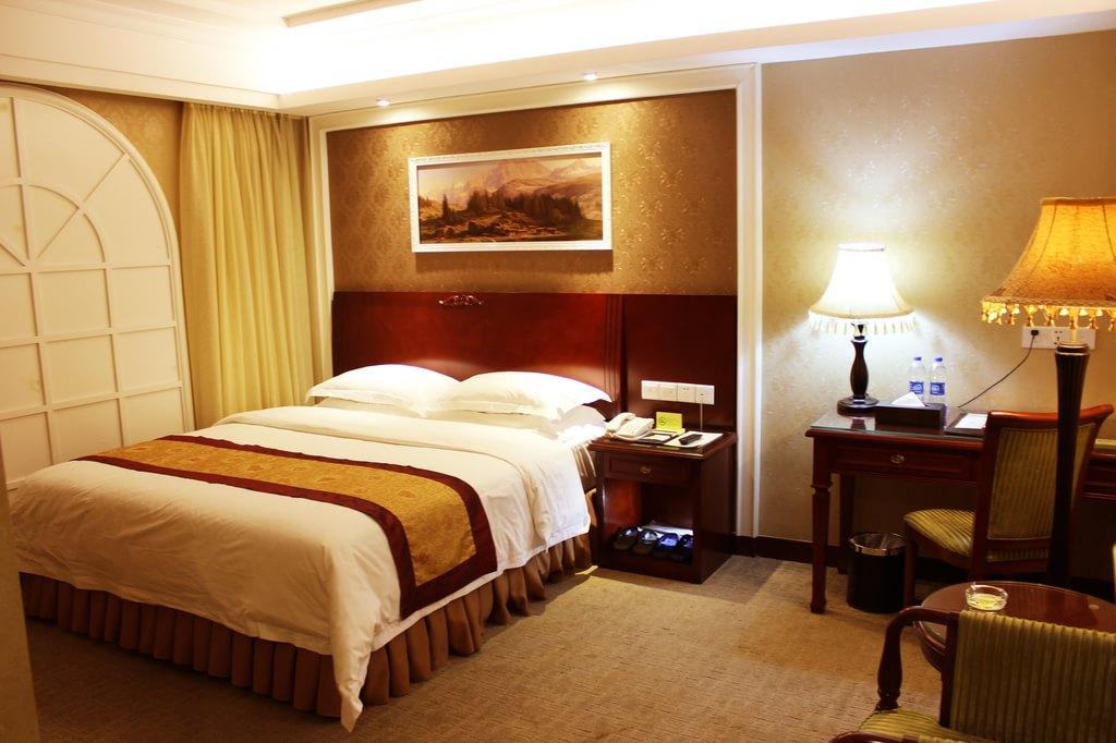 维也纳酒店的温馨客房
