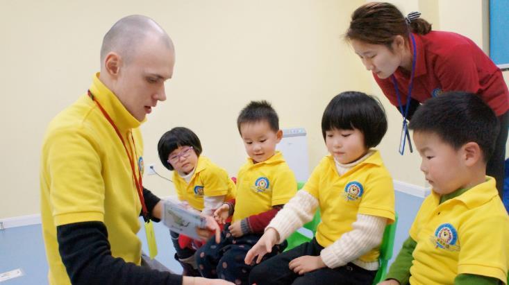 潜能培训外教培训老师