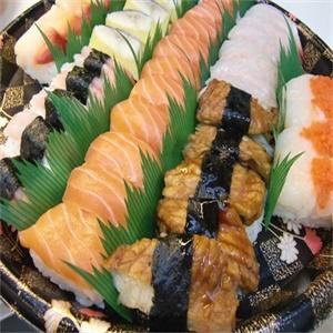 争鲜旋转寿司实物展示