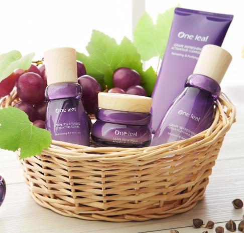 一叶子化妆品葡萄果系列