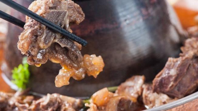 兄弟龙虾老北京羊蝎子火锅羊肉