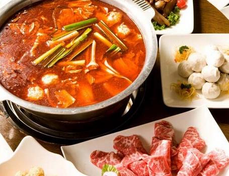 紫元春鹵味牛肉火鍋