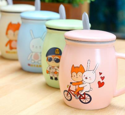 小白兔奶茶特色奶茶杯子