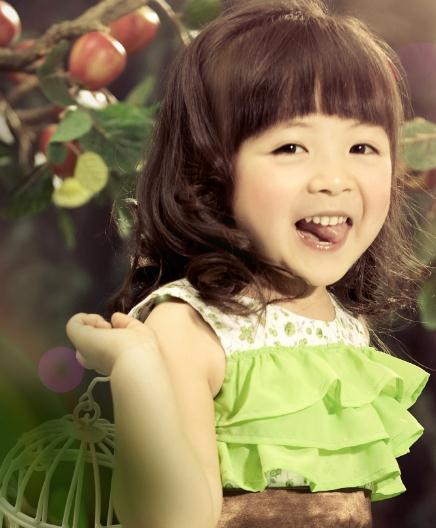 中国娃娃儿童摄影女娃