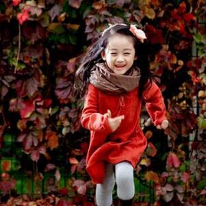 格林童趣儿童摄影红衣
