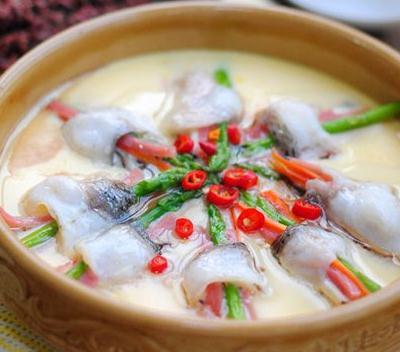 陆小蔓酸菜鱼嫩