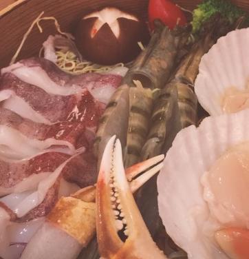 舞泽雪蟹和牛蒸涮锅海鲜涮锅