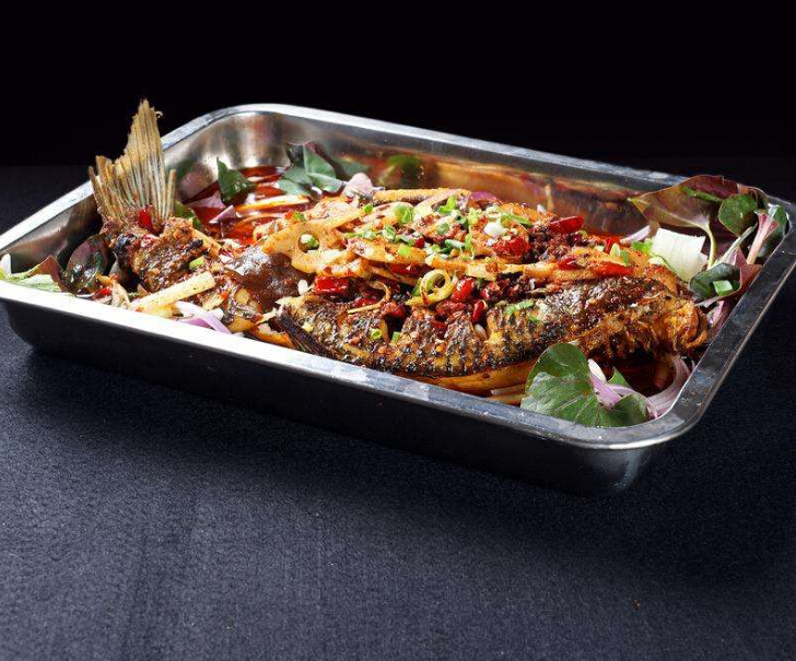 烤鱼鱼火锅店美味