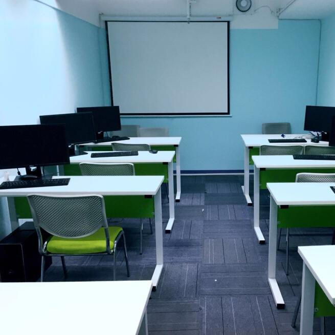 酷码少儿编程机器人教室