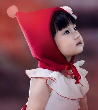 芭比娃娃儿童摄影小松鼠
