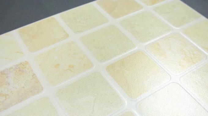 依雷特瓷砖白方格