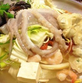 禾湟记海鲜火锅海鲜锅