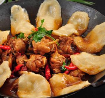 鄉村地鍋雞火鍋