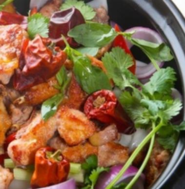 物鲜鸡煲火锅美味