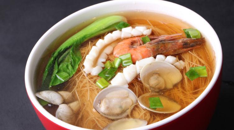象山海鲜面馆青菜虾面