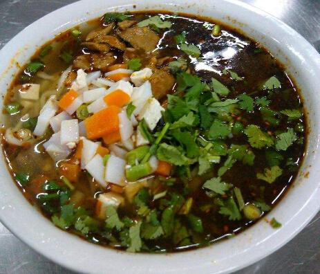 陕食山面馆
