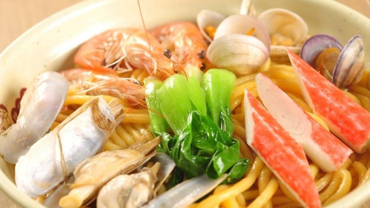哈尼海鲜面青菜蟹棒面