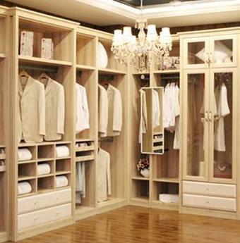 玛格整体衣柜