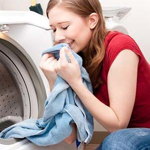 洗衣婆洗衣清香