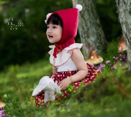 芭比娃娃儿童摄影小红帽