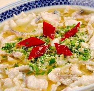 鱼的错酸菜鱼青椒