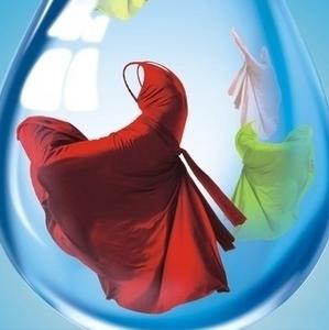 洗衣婆洗衣干净
