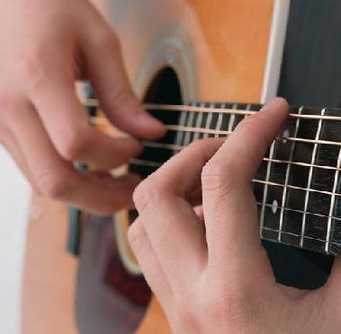 六月天吉他培训学习