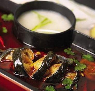 梭邊魚火鍋