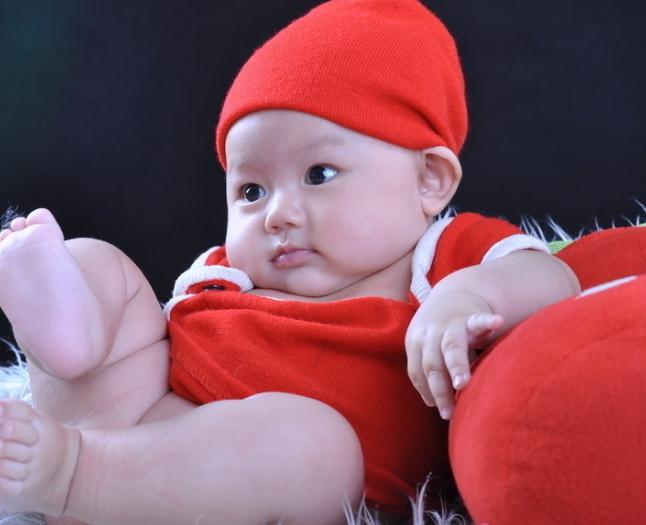 漂亮宝贝儿童摄影红色