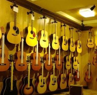 六月天吉他培训加盟
