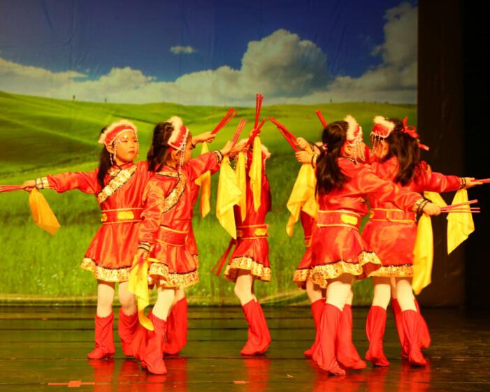 童翼藝術教育民族舞