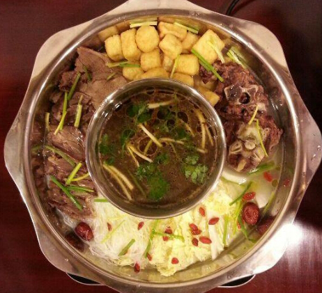 茗味居羊肉汤火锅