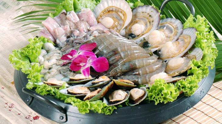 钦瓦台海鲜烧烤自助火锅特色海鲜