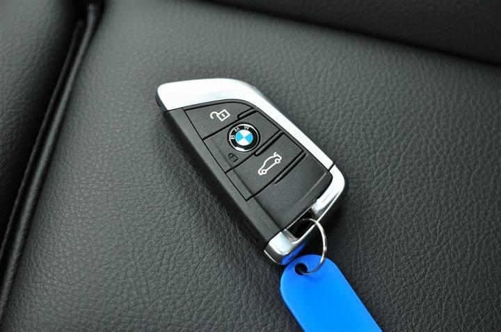 译锁堂汽车钥匙