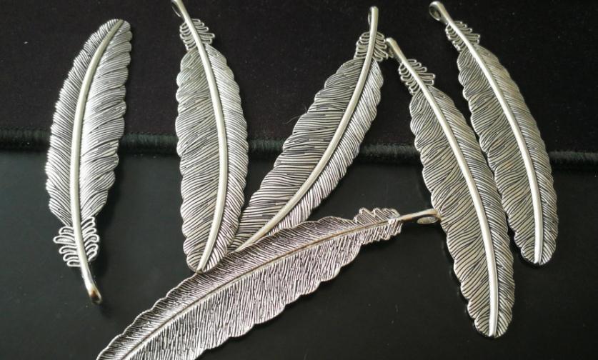 饰品礼品银色羽毛
