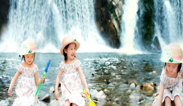 格林童趣儿童摄影戏水