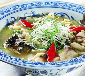 鱼排队酸菜小鱼豆芽