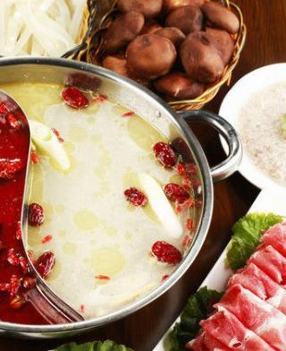舞泽雪蟹和牛蒸涮锅鸳鸯涮锅