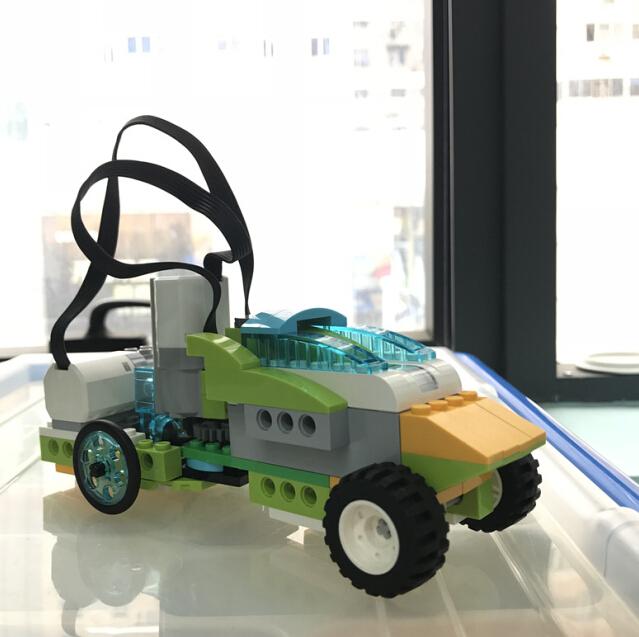 酷码少儿编程机器人成品