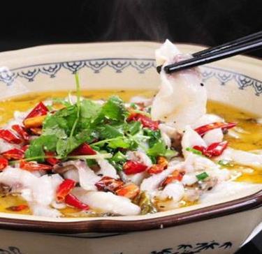 鱼的错酸菜鱼米饭