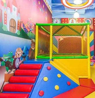 V童科学亲子馆滑梯