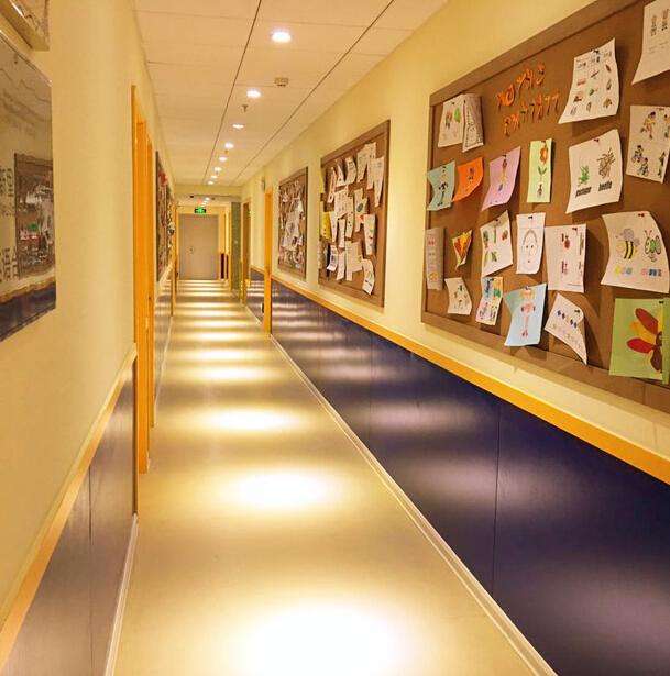 新里程学科英语走廊